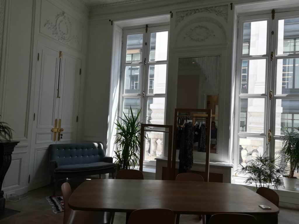 パリのオフィスインテリア