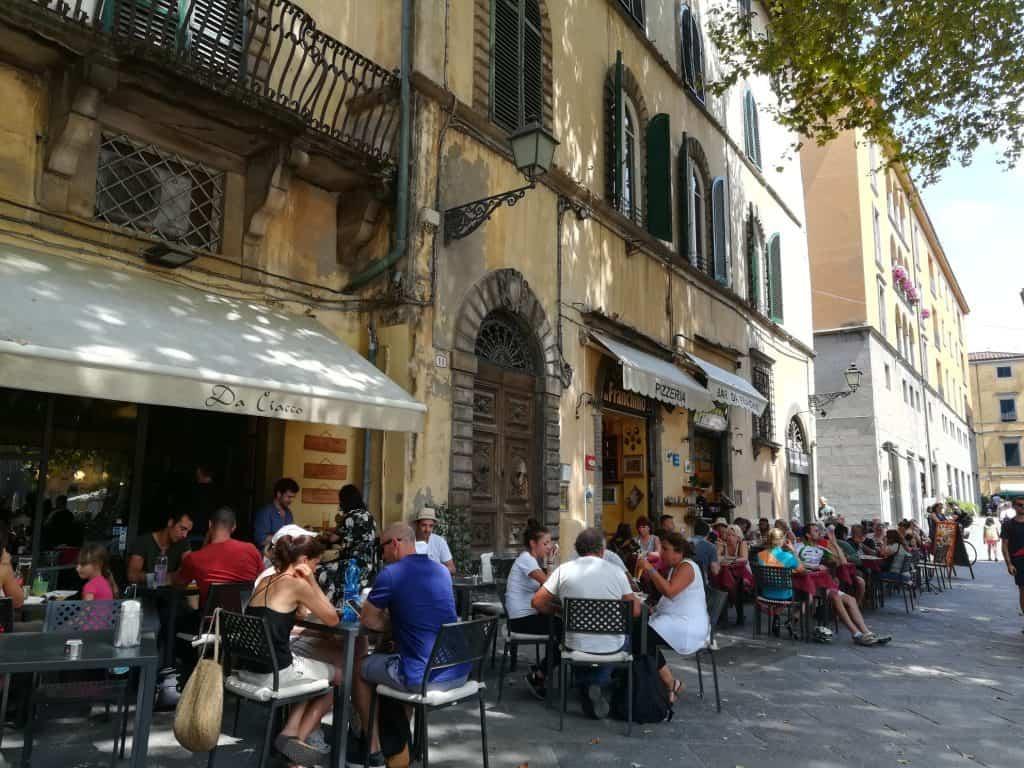 トスカーナ州の街ルッカ (Lucca)