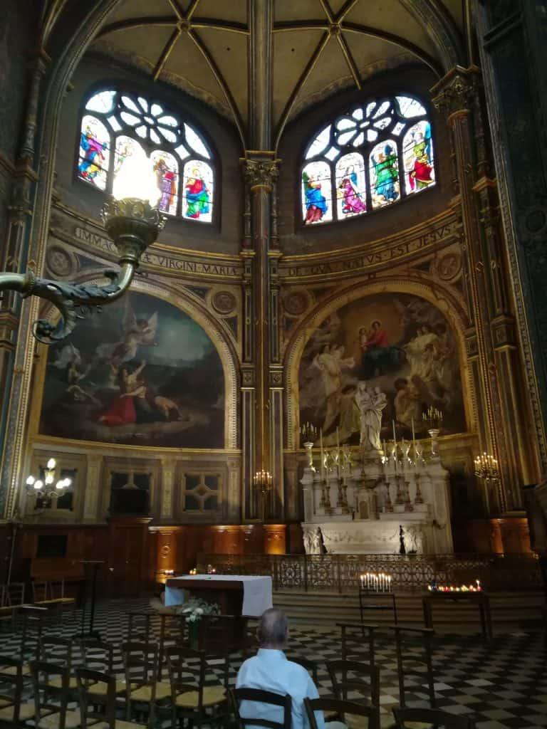 パリで一番美しい教会サンテュスタッシュ教会