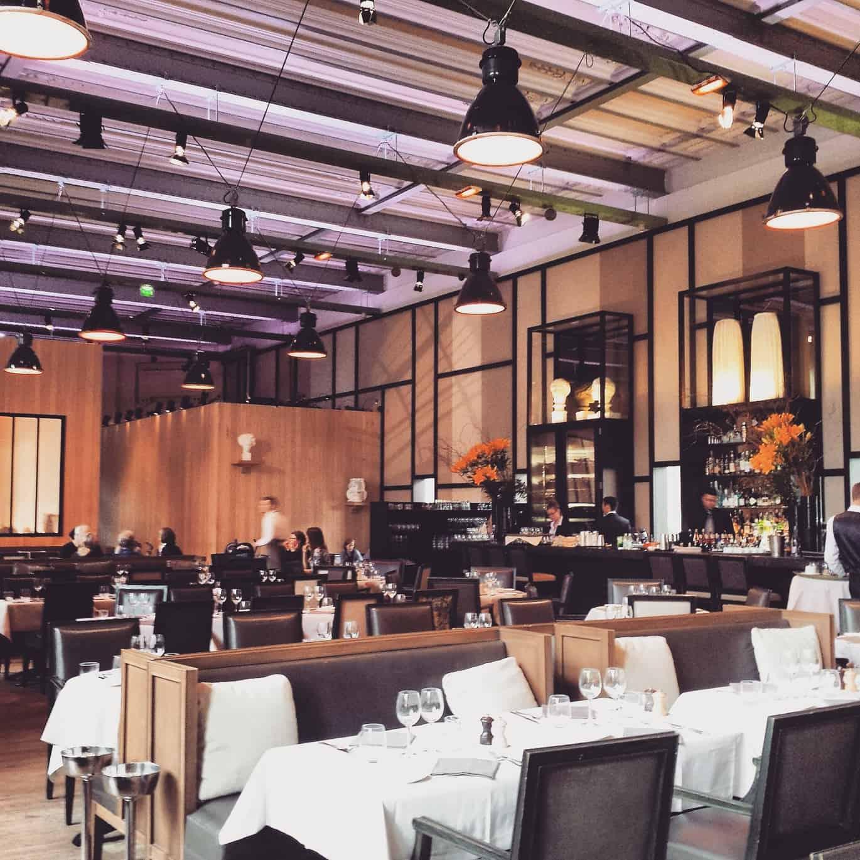 パリの素敵なレストランバーLe Mini Palais(ミニパレ)