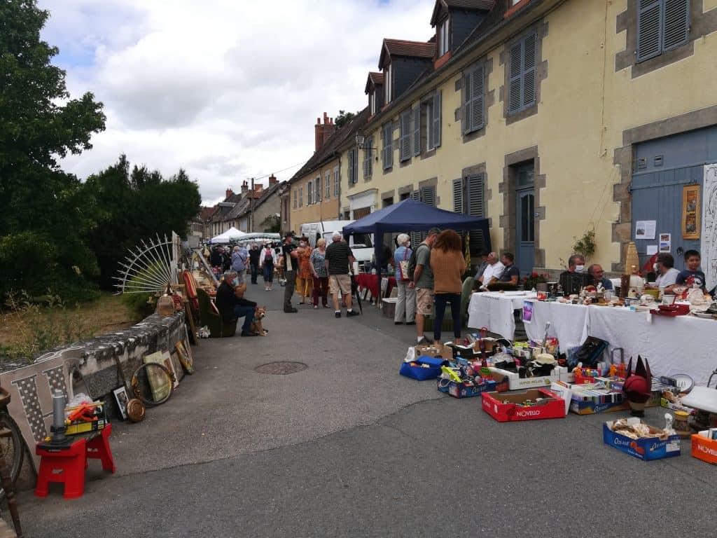 フランスクルーズ県フェルタン村を訪れて