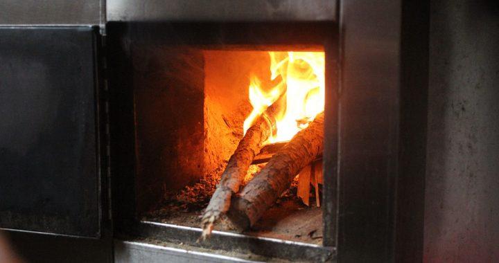 暖炉のあるあたたかい家